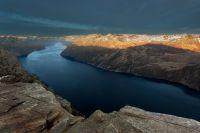 Poslední paprsky nad Lysafjordem